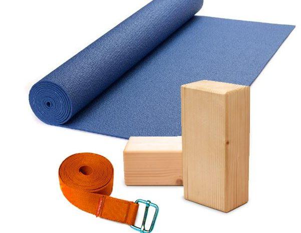 attrezzi per esercizi di iyengr yoga